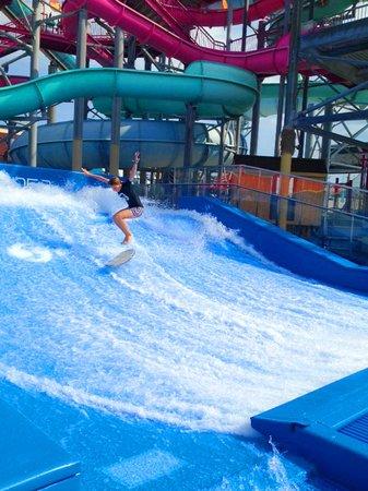 Splash Zone Water Park: The New Double Flow Rider