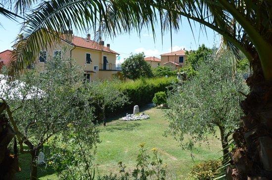 The garden foto di il giardino degli angeli framura tripadvisor - Il giardino degli angeli framura ...