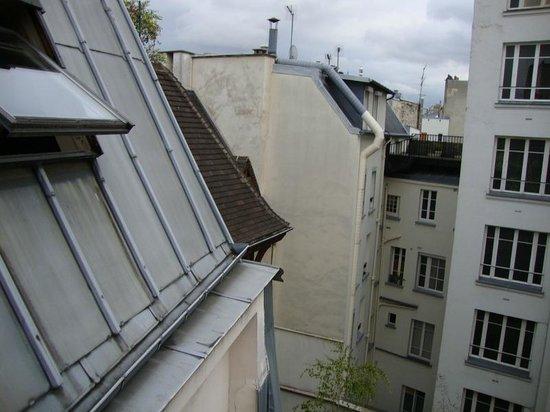 "Hotel de Notre Dame ""Maitre Albert"": room view"