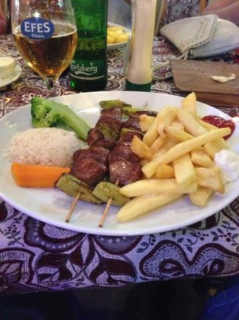 Greasy Spoon Steak & Bar: lamb kebabs- very nice!!