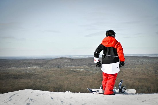 Caberfae Peaks Ski & Golf Resort: The view from the top of the ski slopes at Caberfae Peaks