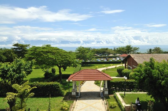 Hotel safari gate updated 2017 reviews price for Aparthotel jardin tropical bujumbura
