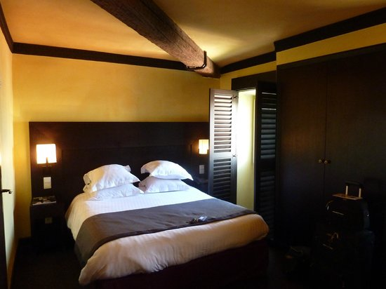 New Hotel Bompard : .