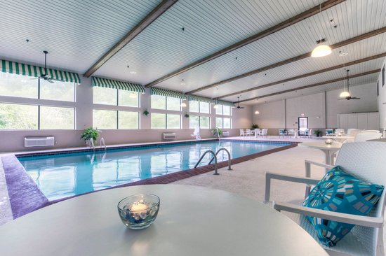 Indoor Swimming Pool - Comfort Inn Harlan, KY