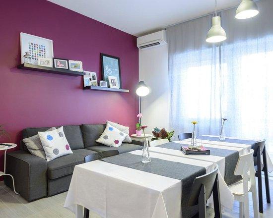 Que Sera, Sera...: Living room