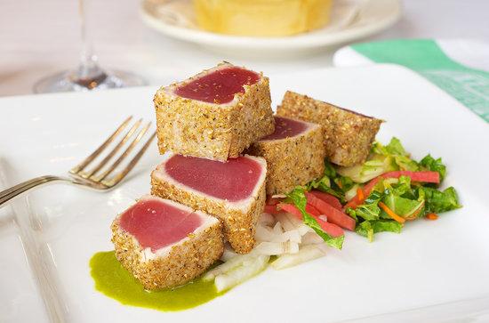Smith & Wollensky - Philadelphia: Coriander Seared Tuna