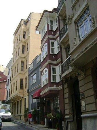 Faik Pasha Hotel Facade 1
