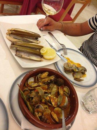Hotel Spa Nanin Playa: Excelente cocina con mariscos de las Rías gallegas