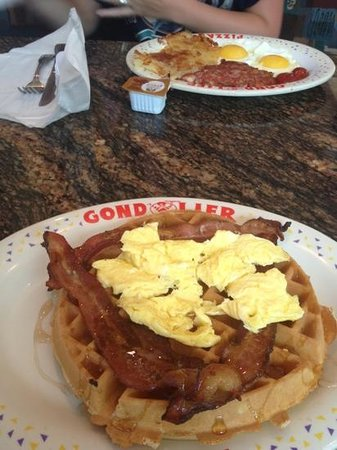 Coconut Cove All Suite Hotel: gorgeous Belgium waffles from restaurant next door 10%off with coconut suites room key