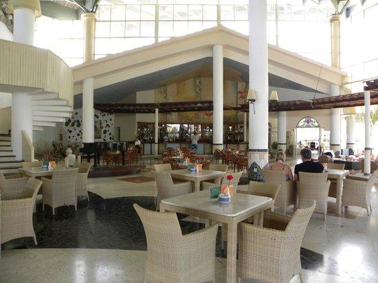 Melia Cayo Coco: Lobby Bar