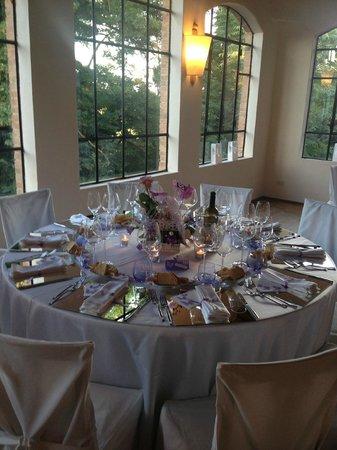 Villa Dianella: Salone elegante e raffinato