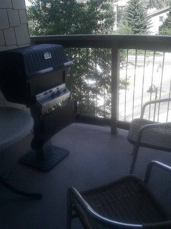 Sheraton Mountain Vista Villas, Avon / Vail Valley: Tiny balcony