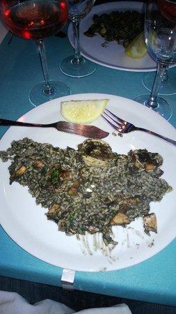 Balco de Mar : Les seiches au riz cuisiné à l'encre