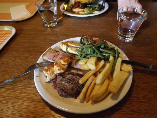 Crescendo Restaurant : mixed grill