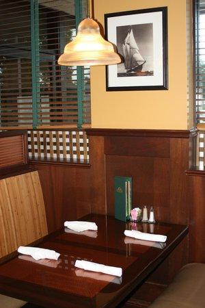 Palm City Grill: Dining Room