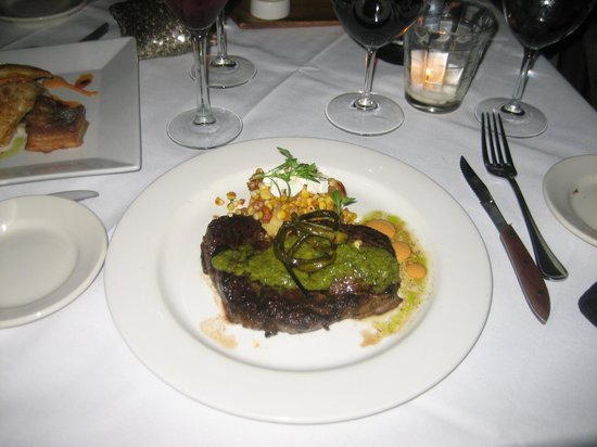 Sweet Life: An excellent steak; cooked just right, mouthwatering sauce, tender, juicy; perfecto!