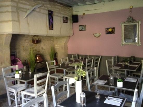 Restaurant les jardins de la louve dans rocamadour avec - Les jardins de la louve rocamadour ...