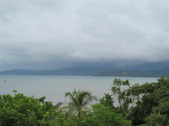 Aguila de Osa: Couldn't get enuff of the ever changing weather over Drake Bay and the surroundings.
