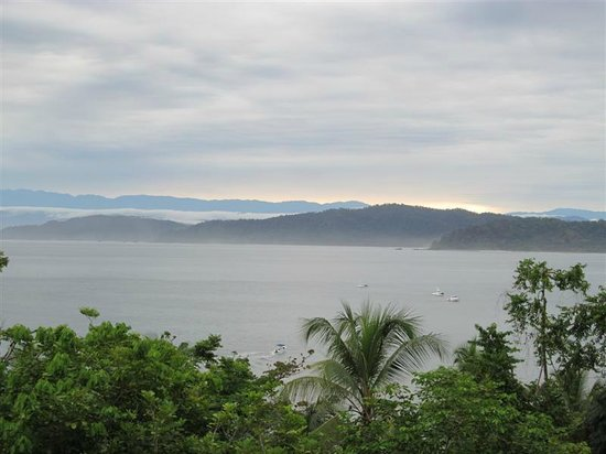 Aguila de Osa: The ever changing sights/clouds of Drake Bay, from the view of # 10.