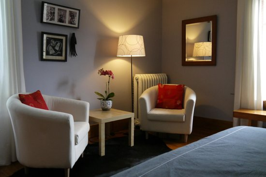 B&B Vert Le Mont: The Baliem room with either a king or two single beds is $99 per night