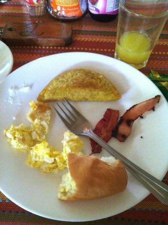 Yarina Eco Lodge: breakfast