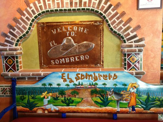 El Sombrero Mexican Restaurant: Gorgeous artwork