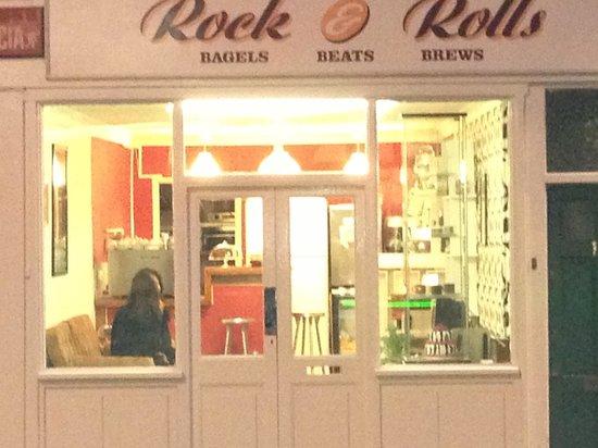 Rock & rolls: Espresso bar