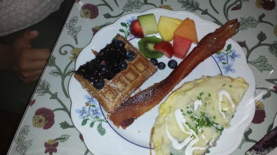 Point Au Roche Lodge: delicious breakfest