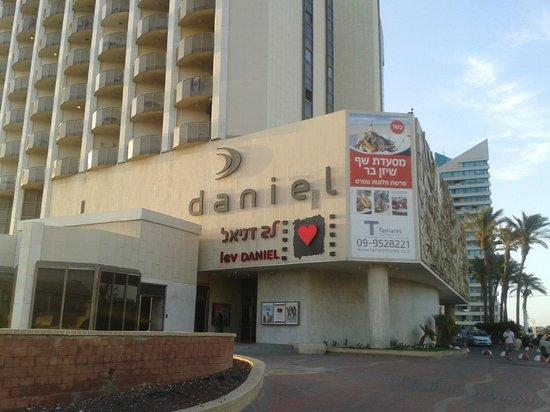 Daniel Herzliya Hotel Front Of