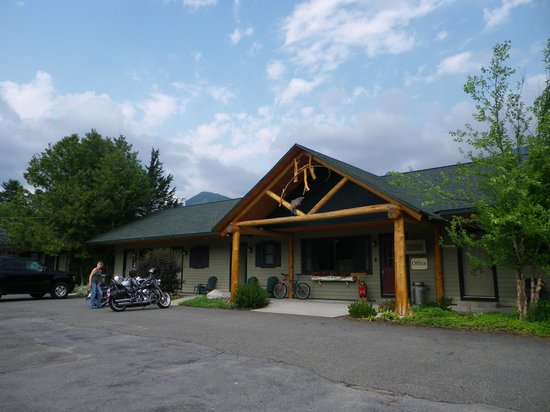 The Hungry Trout Resort: Motorcycle tour center deluxe