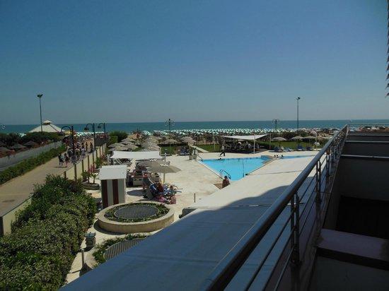 Adriatic Palace Hotel: Blick von Balkon (1.Stock)