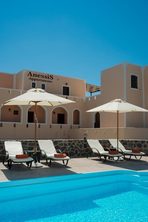 Anessis Apartments: Pool