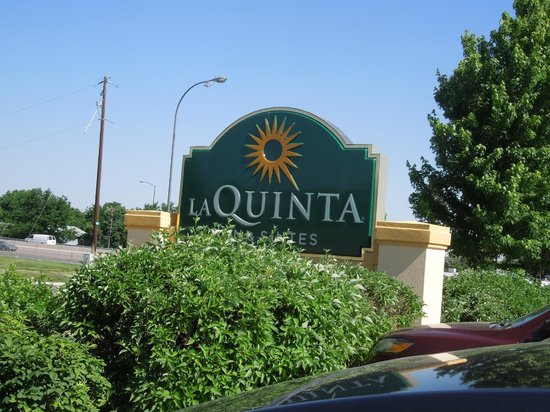 La Quinta Inn & Suites Denver Southwest Lakewood: Sign