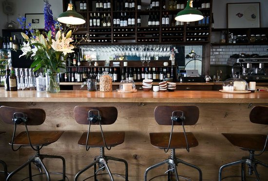 The Black Pig Winebar: Black Pig Bar