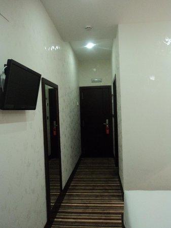 Hotel Granda: habitación ático