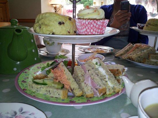 Daisy Tea Rooms: Afternoon Tea