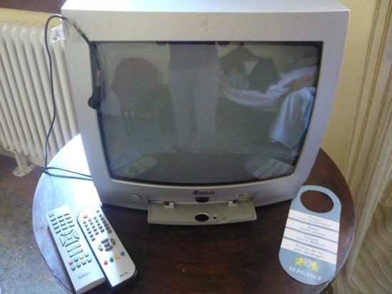 Casa Fornaretto: la tv