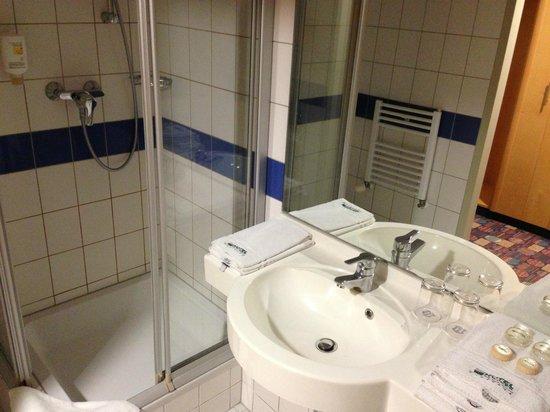 Partner Hotel: Bathroom