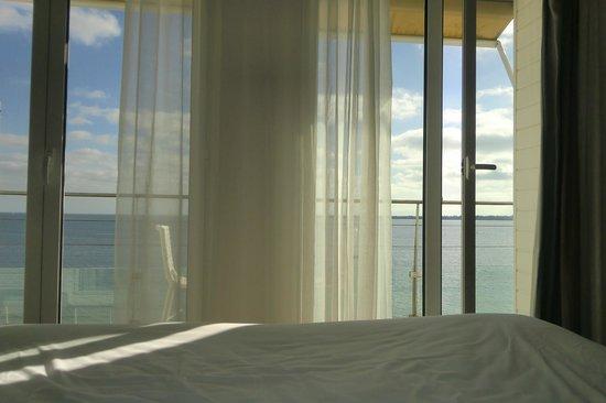 Les Sables Blancs : Vue du lit...