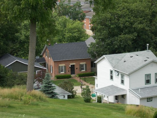Ulysses S. Grant Home: A view from atop the hill