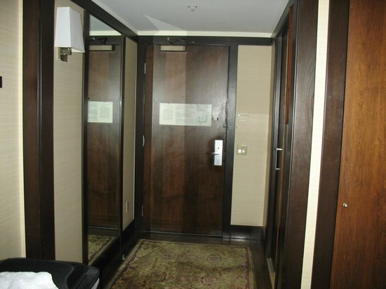 The Ambrose : Entrance Foyer