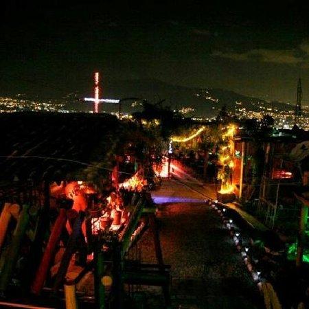 Estadero Bar El Esfuerzo: noche de estrellas