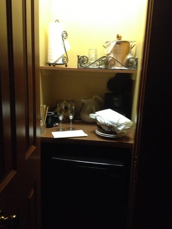 Woolverton Inn: The bar area in the Hunterdon, with small fridge and coffeemaker