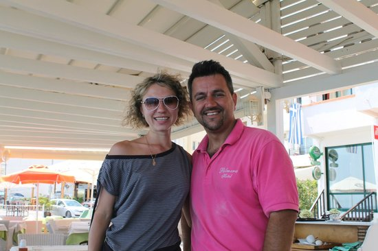 Palmera Beach Hotel : кафе от отеля, расположено прямо на берегу моря (вид - супер и очень очень вкусно!!!)