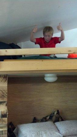 Alyeska Hostel: One bunk