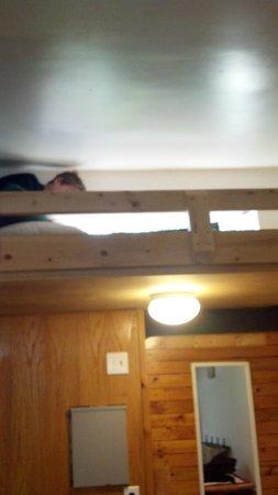 Alyeska Hostel: the other bunk