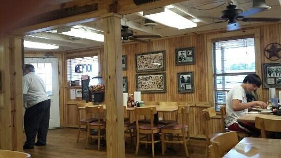 Sidekicks Family Restaurant: In S