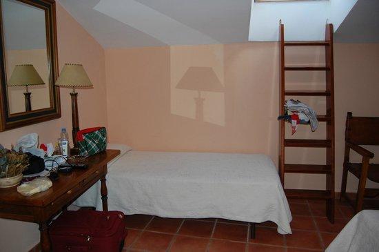 Hosteria Las Cancelas: Agradable y con encanto en Ávila.