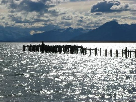 Hostal Morocha: Muelle Puerto Natales
