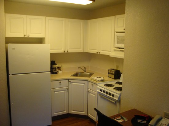 Extended Stay America - Orlando - Convention Center - Sports Complex: kitchen area - very useful